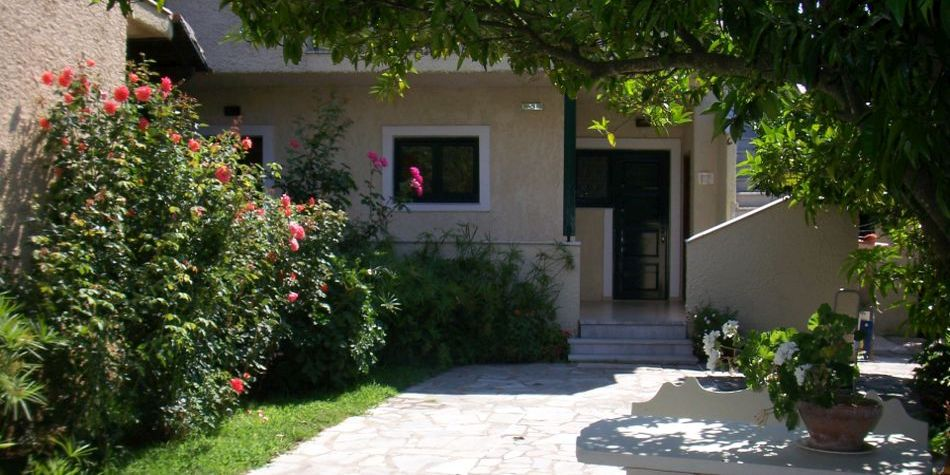 The Mayflower Apartments and Studios, Moraitika, Corfu